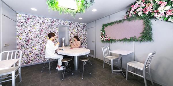 ROSETIQUE CAFE by Miwako